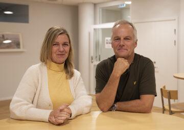 Lisa Molin och Martin Tallvid är två av de lektorer på Center för skolutveckling som undersökt distansundervisning i högstadiet och gymnasiet under pandemin.
