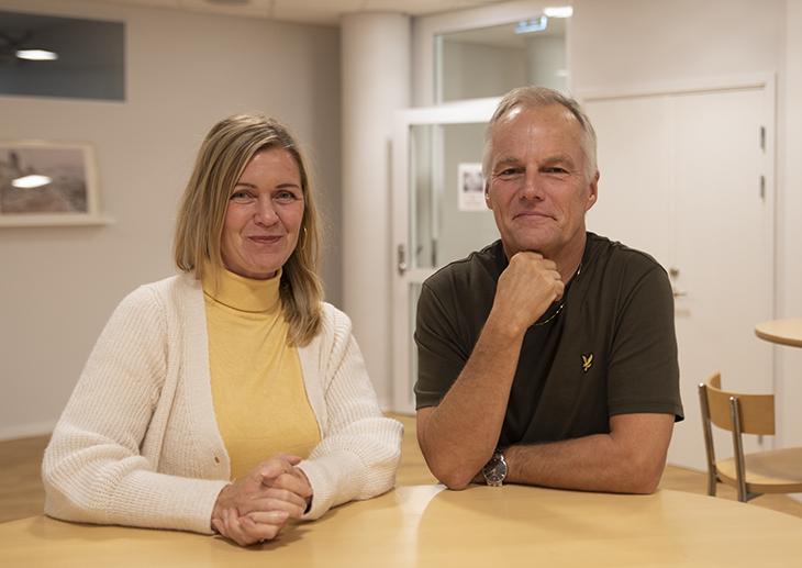 Porträttbild av Lisa Molin och Martin Tallvid, lektorer på Center för skolutveckling.